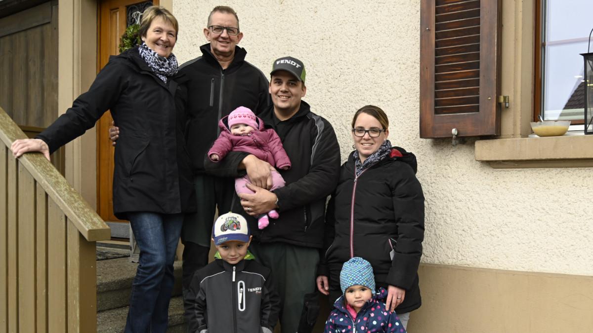 Ruth und Rudolf Bolliger, Daniel und Andrea mit den Kindern Jan, Kim und Mia (v.l.n.r.)